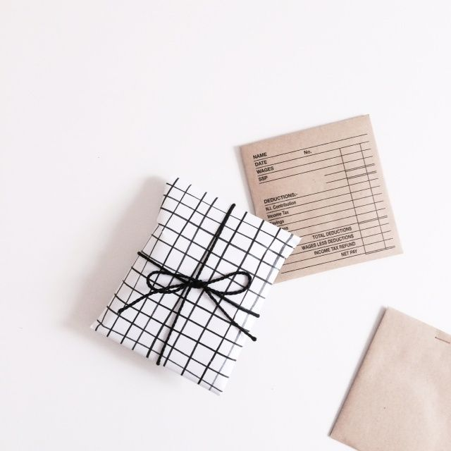 Image of A3 WRAPPING SHEETS [thatch]