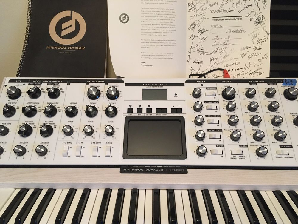 Moog MInimoog Voyager LTD ED in White with Backlit Pitch Wheels and Moog Case #Moog