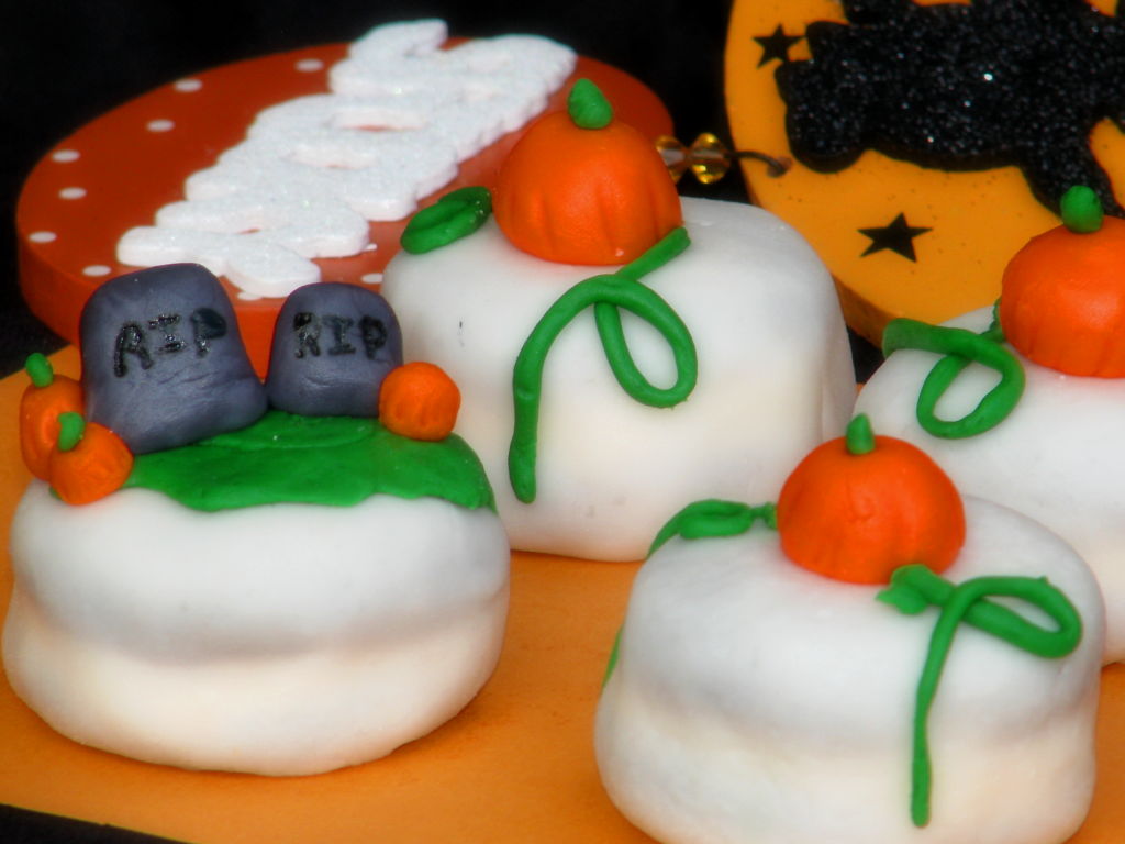 Big Bear\'s Wife: Halloween Petit Fours and Homemade Marshmallow ...
