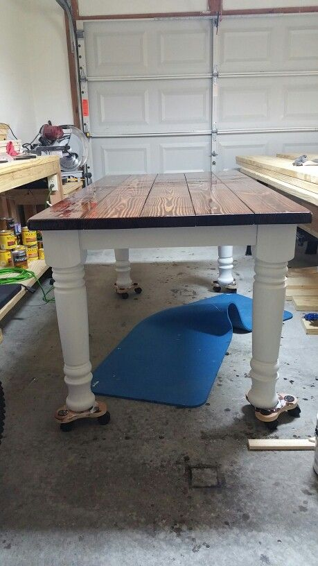 5x3 Farmhouse Table Red Mahogany Stain Poly Top And White Bottom