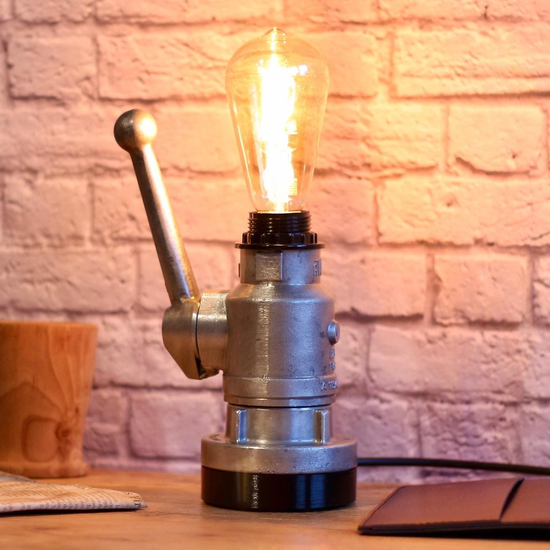 Auch Dieses Wochenende Hatte Ich Wieder Zeit Etwas Zu Basteln Herausgekommen Ist Dabei Eine Lampe Aus Einem Alten In 2020 Home Appliances Vacuum Cleaner Dyson Vacuum