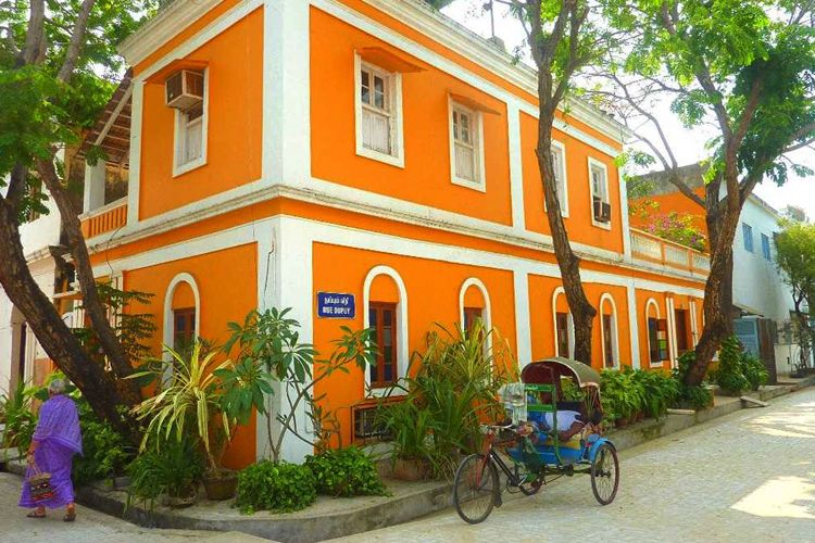 Stay At A 200-Year-Old French Colonial Villa In Pondicherry (With ...