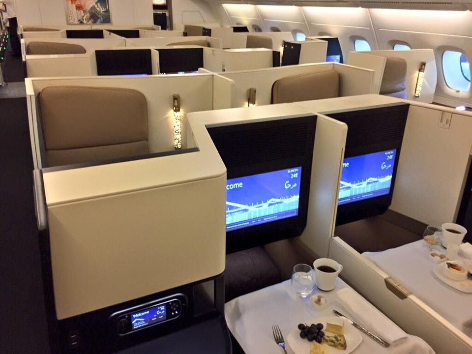 Etihad S Brand New Airbus A 380 800 Business Class Dining Dec