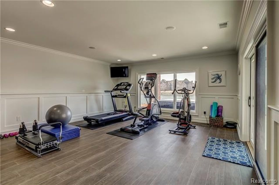 homes for sale in south lyon mi zillow