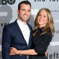 Jennifer Aniston and Justin Theroux Very Lovey Dovey at The Leftovers After Party: All the Details!