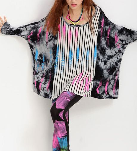 Loose Round Neck Long Batwing Sleeved Polyester Long T-shirt