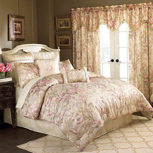 Lovely Croscill Rose Garden Comforter Set