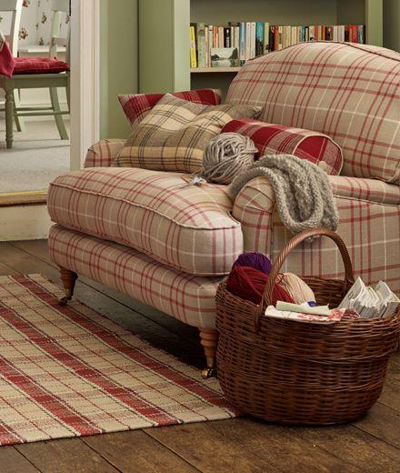 Die besten 25 sofas im landhausstil ideen auf pinterest for Sofa im raum