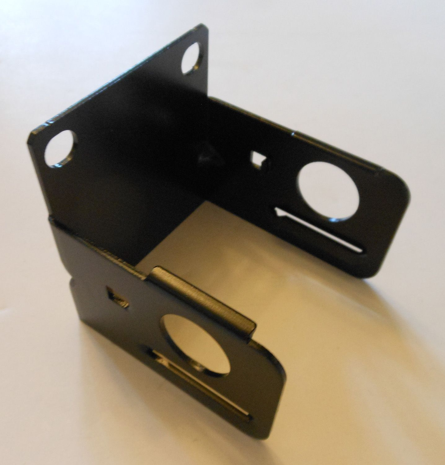 C Bracket New This Is A C Bracket Made Of New Rolled Steel The Bracket Is Used To Hold An Air Cylinder It Measures 2 7 8 By 2 7 8 Cylinder Bracket Steel