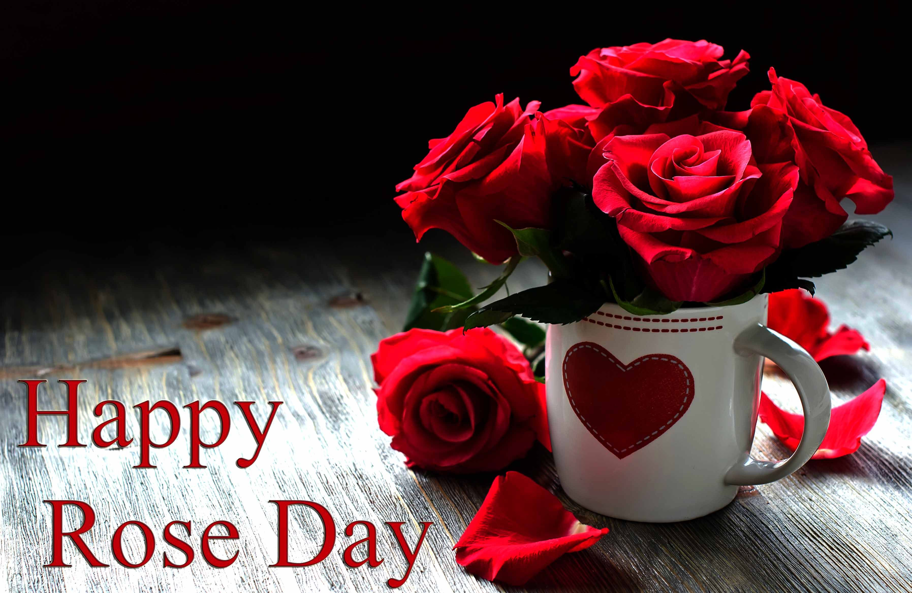Rose Day Is The Day When Couples In Love Singles In Love Friends And Family All Exchan Rose Day Wallpaper Happy Valentines Day Card Happy Rose Day Wallpaper