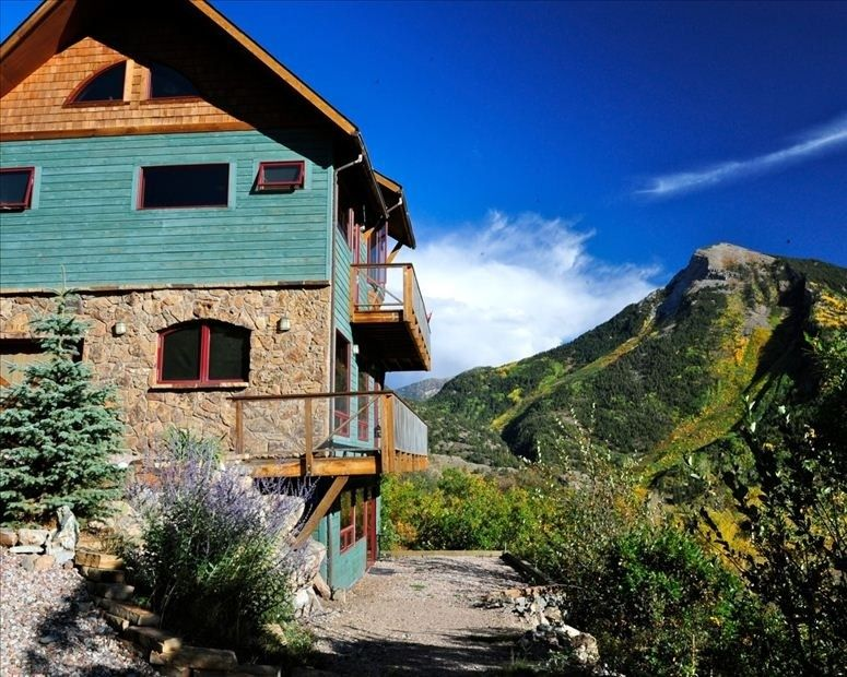 secluded whispering and creek cabin for colorado with hot private pine cabins peak rustic vacation in tubs cripple near pines pikes rent