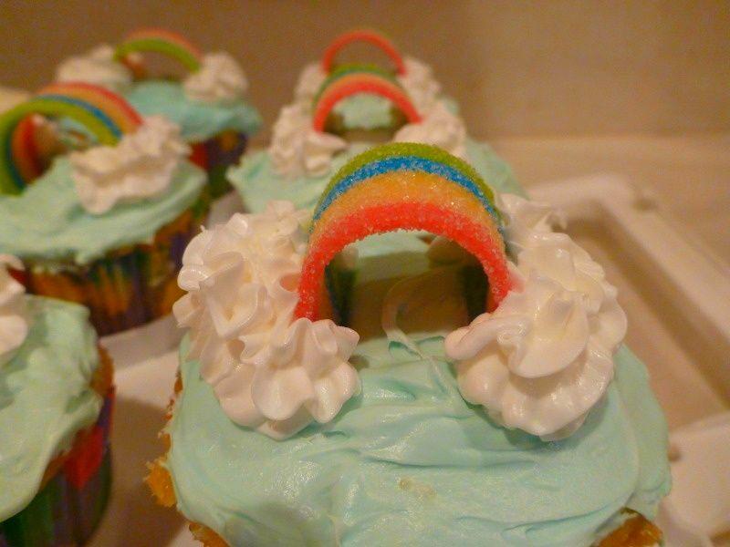 B's cupcake