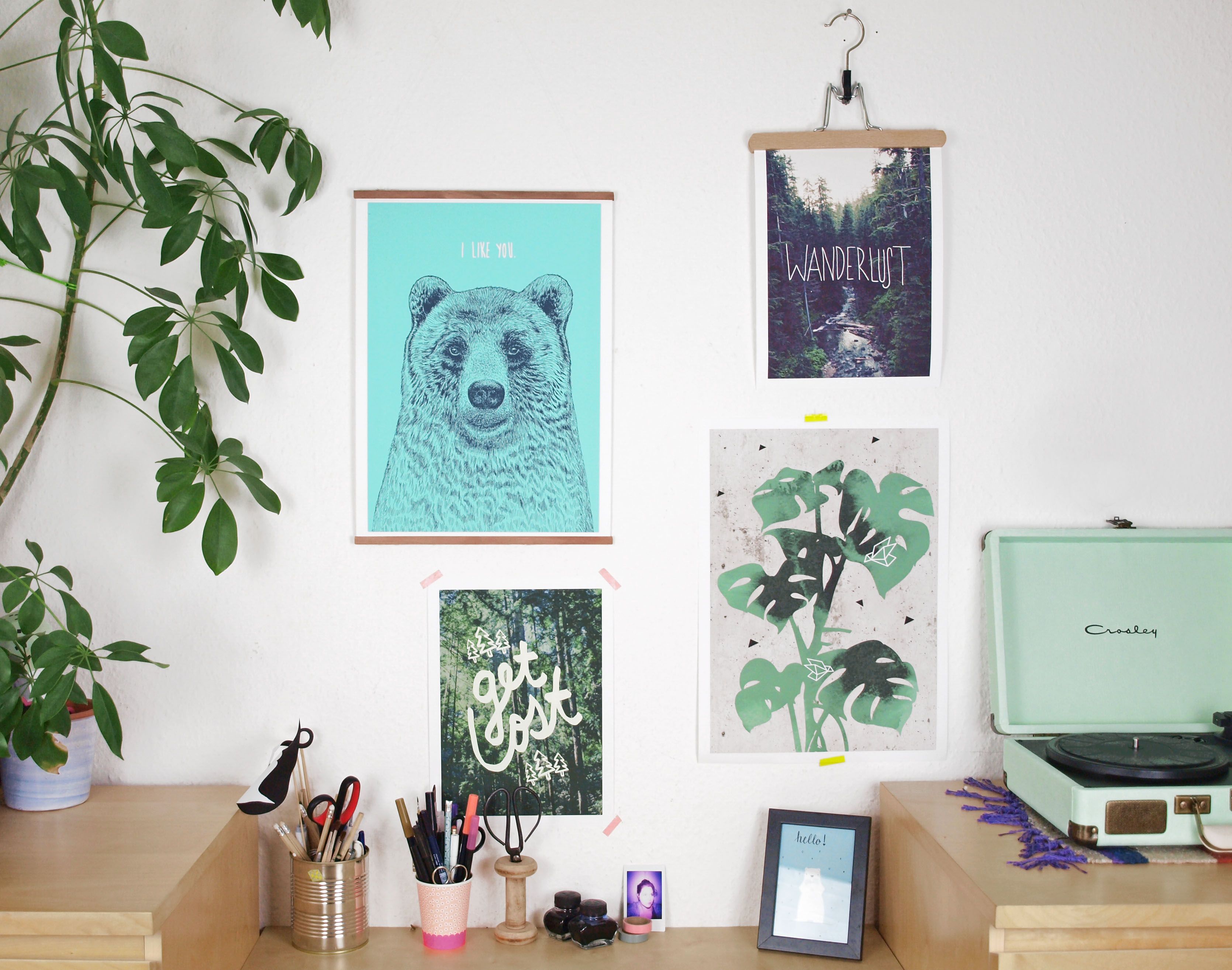 Diy Alternativen Zum Bilderrahmen Poster Originell Aufhängen Posteraufhängung Bilderrahmen Bilderrahmen Aufhängen