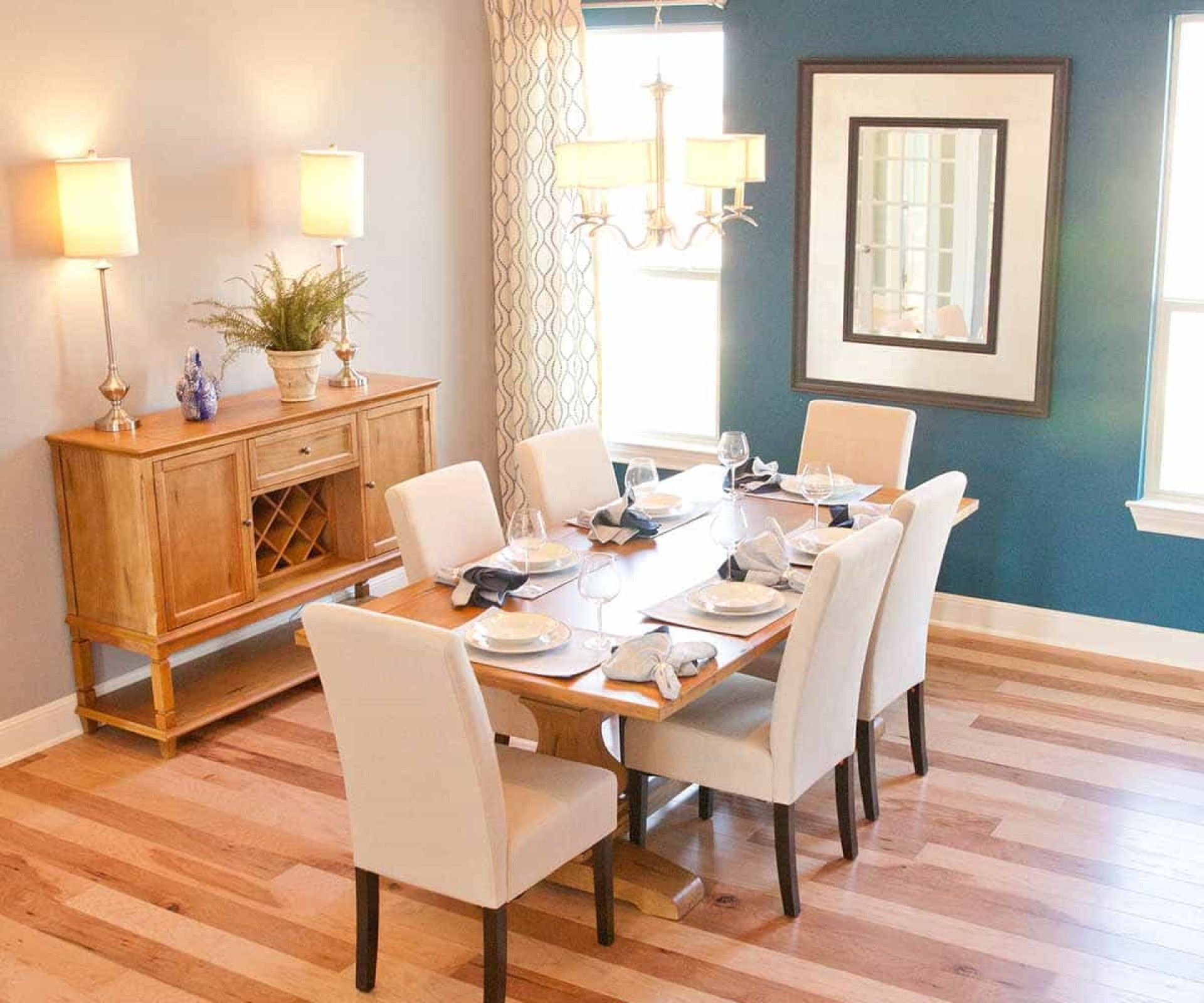 Light Wood Accent Wall: Create A Dining Room With Light Hardwood Floors And A Dark