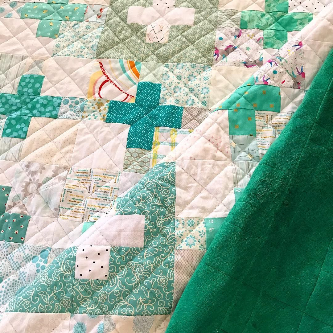 Lou On Instagram Quilting Done Now For A Trim And Hot Pink Binding I Eyeballed The Crosshatch Quilting It S As Wonky As Hel Quilts Plus Quilt Crosshatch