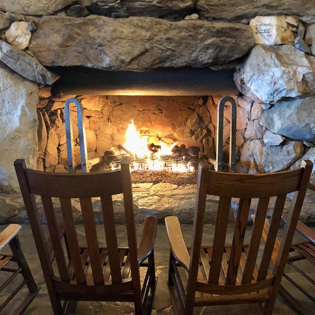 Beautiful Fire At The Grove Park Inn Fireplace Fire Stone