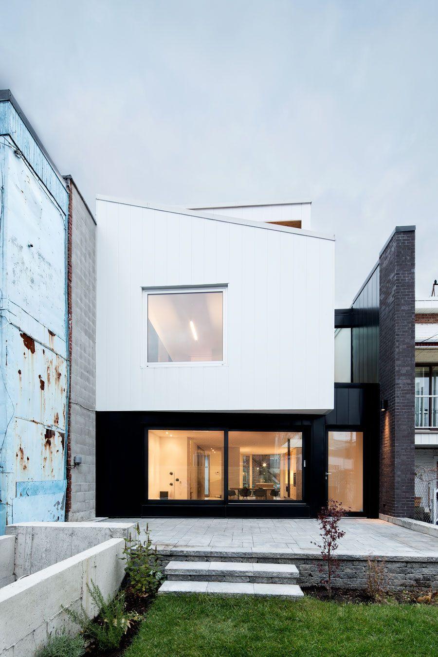 Mit der k che zur stra e reihenhaus in montreal home for Minimalistisches haus grundriss