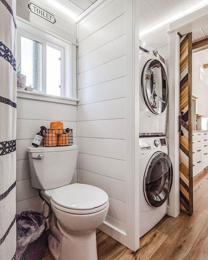 Californian couple built their own tiny dream house on a $35,000 budget -