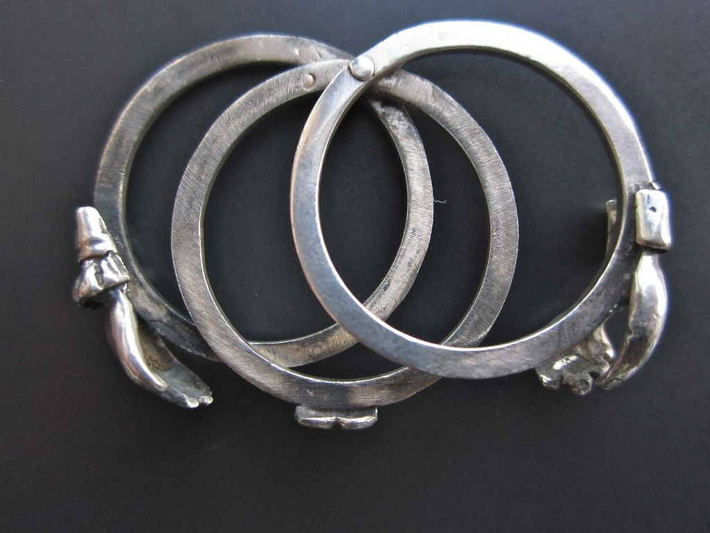 Victorian Silver Fede Gimmel Betrothal Ring, 3 hoops visit website for more pictures of mechanism