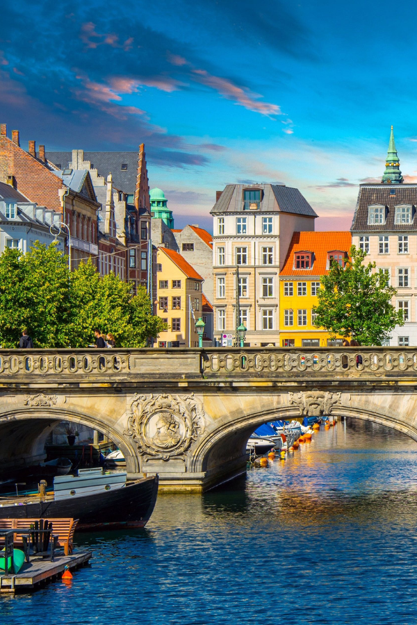 Copenhagen Itinerary: 3 Days in Copenhagen - This Copenhagen itinerary is full of a few unusual things to do in addition to the traditional tours around the city. Your visit to this beautiful place is sure to be unique and leave you wanting more. #Copenhagen #Denmark #EuropeTravel