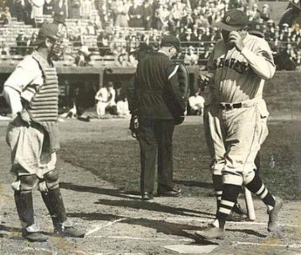 Babe Ruth Touches Home Plate After His 714th And Final Home Run On 5 25 35 At Forbes Field It Was His 3rd Home Run Of The Game With Images Major League Baseball Stadiums