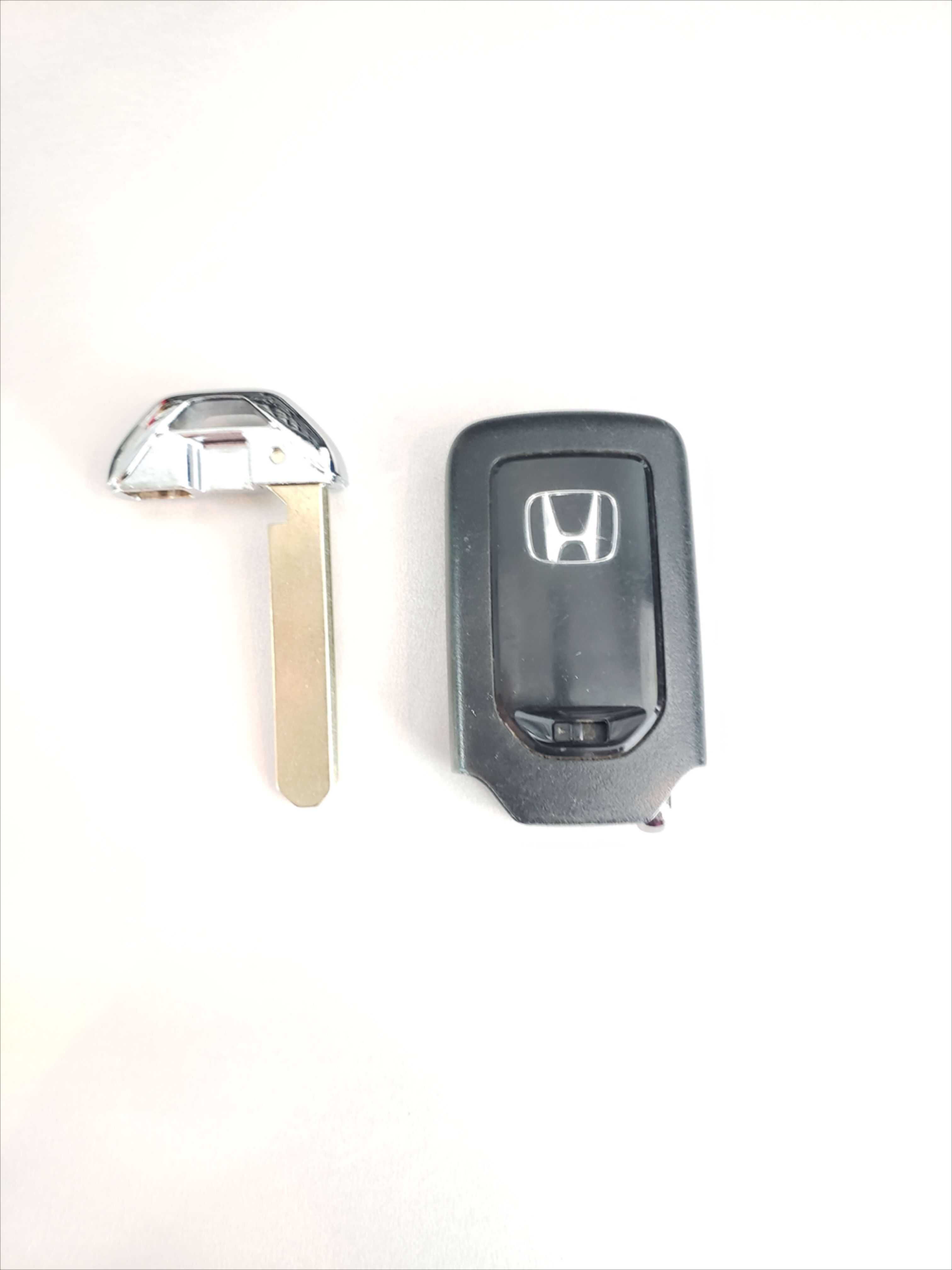 Acura Tlx Keys Replacement In 2020 Car Key Replacement Lost Car
