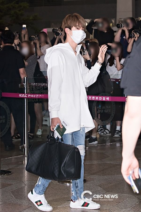 jin airport fashion | Tumblr | airport fashion bts in 2019 | Airport