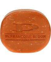 Pr. Francoise Bedon exfoliating soap  with carrot oil, is a scrubbging soap with beta carotene and vitamin A,  especially formulated for hygiene and fighting against the impurities of skin.  It contains carrot oil and vitamin E for clarifying your complexion and  restoring its  original brightness.This beauty soap delicately purifies the  epidermis. It improves your complexion and gives you a smooth, soft, healthy and  bright skin.