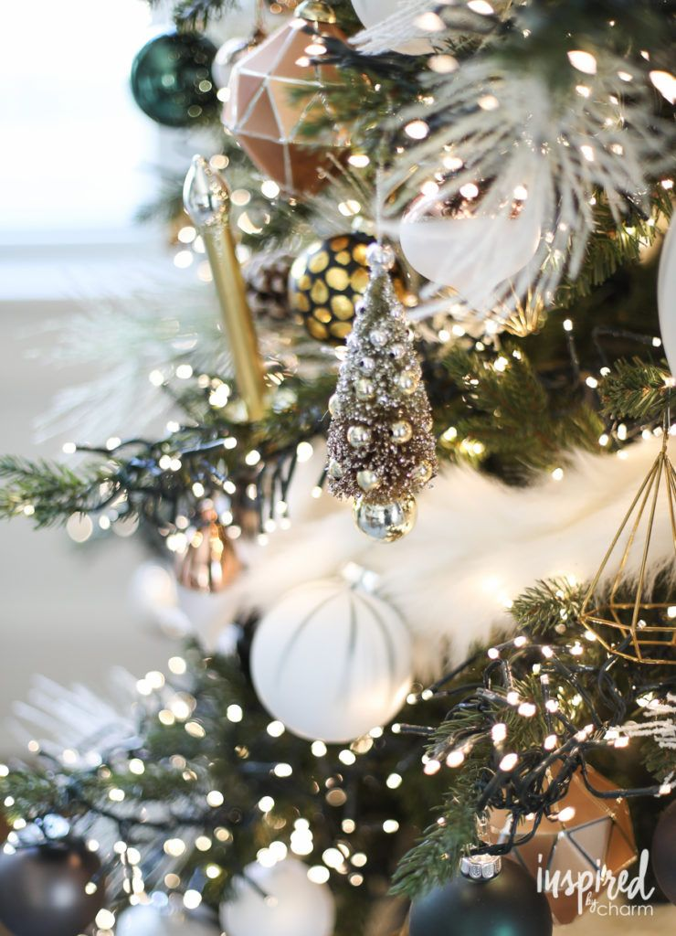 Christmas Tree With Over 6 000 Mini Led Lights O Christmas Tree Inspiredby Modern Christmas Tree Christmas Tree Decorations Gold Christmas Tree Decorations