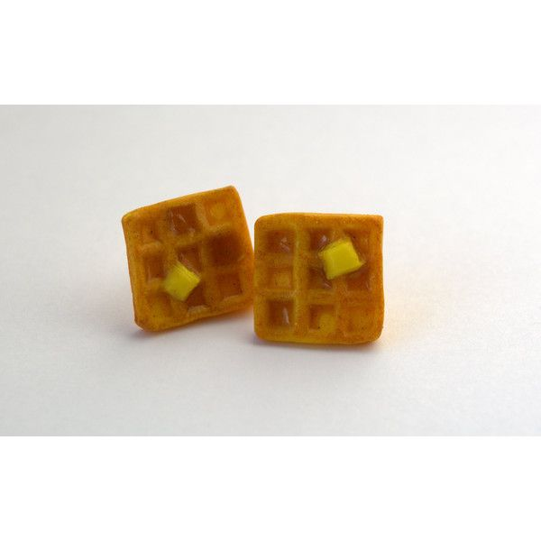 Polymer Clay Maple Syrup Waffle Earrings ($11) ❤ liked on Polyvore featuring jewelry, earrings, handcrafted jewelry, clay earrings, handcrafted jewellery, hand crafted jewelry and handcrafted earrings
