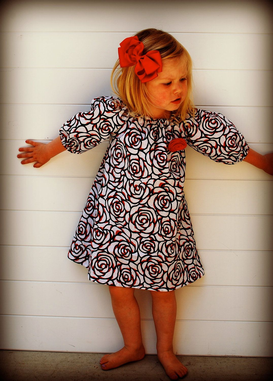 Red white u black rose peasant dress with length elastic