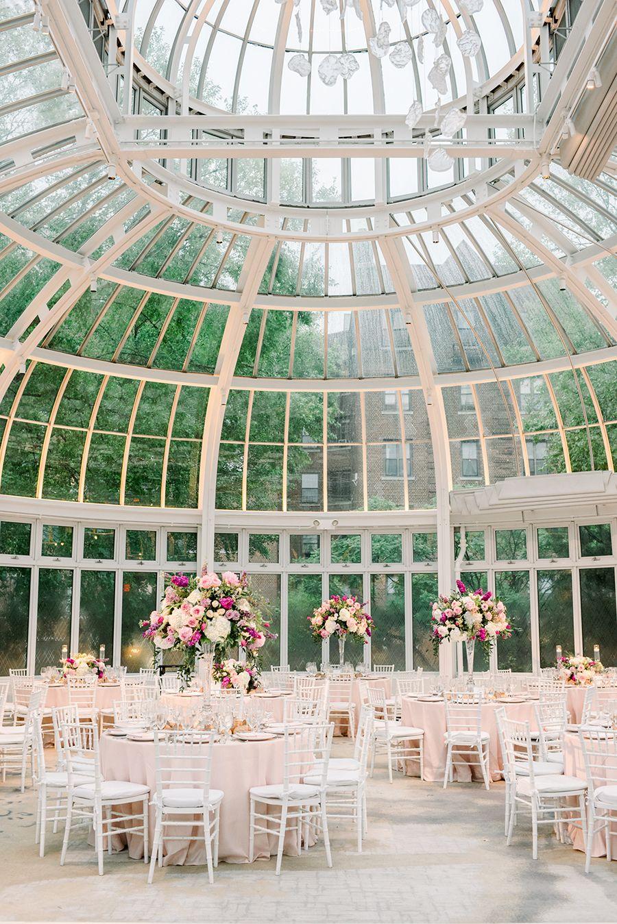 The Palm House At Brooklyn Botanic Garden Wedding That Barely Beat The Rain Botanical Gardens Wedding Brooklyn Botanical Garden Brooklyn Botanical Garden Wedding