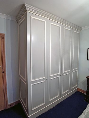 10 Contemporary Fitted and Built In Wardrobes Design Ideas