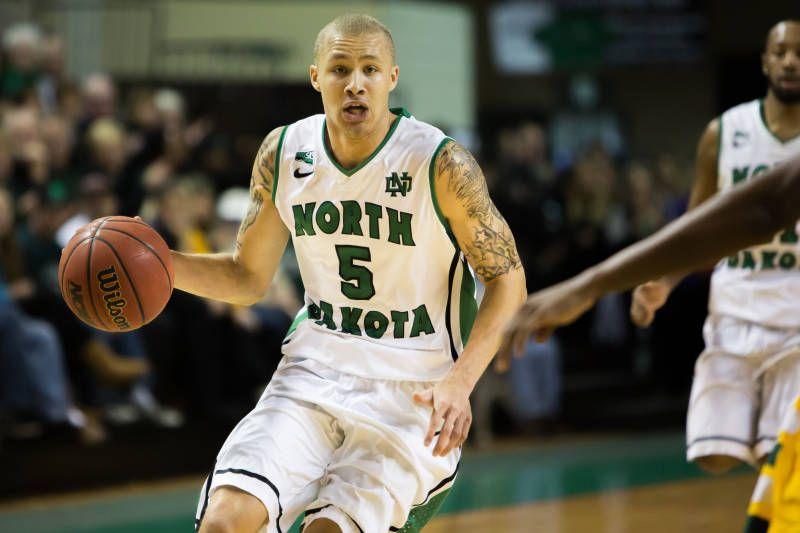 College Basketball Betting North Dakota Sioux vs. Oregon