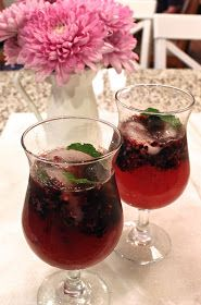 Hey, Mom! What's For Dinner?: Blackberry-Ginger Mojitos