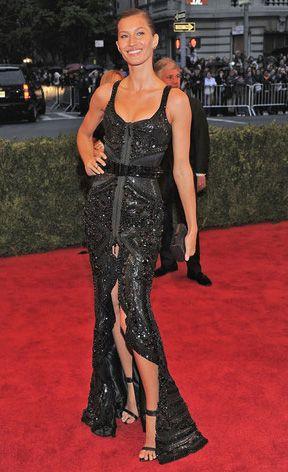 MET Gala 2012: Looks com fendas