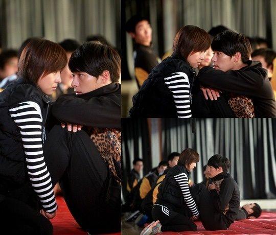 """Secret Garden"" Hyun Bin's Sit-ups  :)"