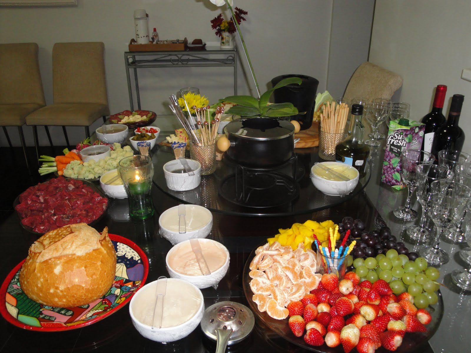 have a fondue dinner party tonite...fun, great way to talk and enjoy great food and company. Don't use oil, use organic chicken broth instead. #brothfonduerecipes