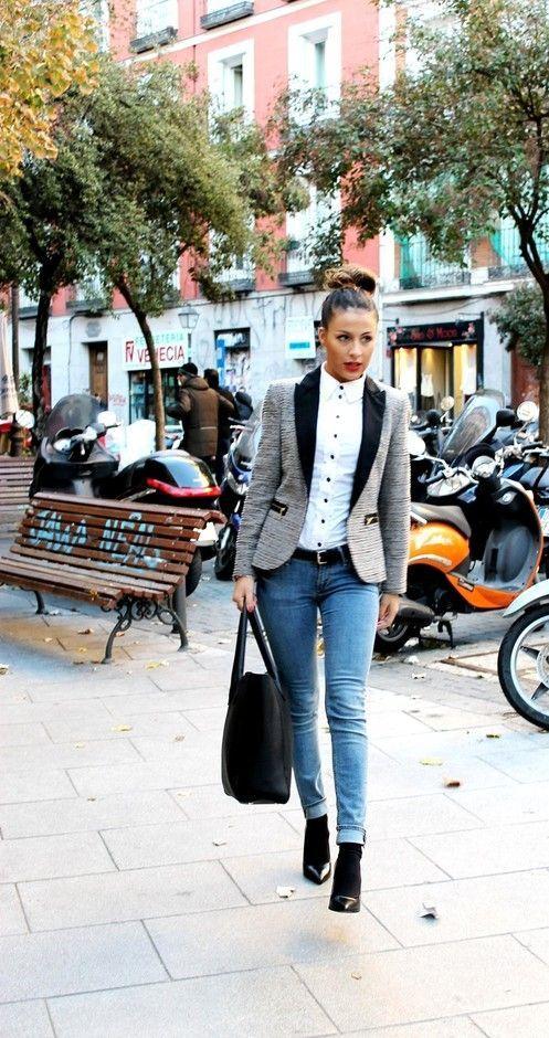 4ddc69c86d 15 Outfits coquetos para ir vestida de jeans a tu trabajo. Looks lindísimos  con jeans para la oficina.