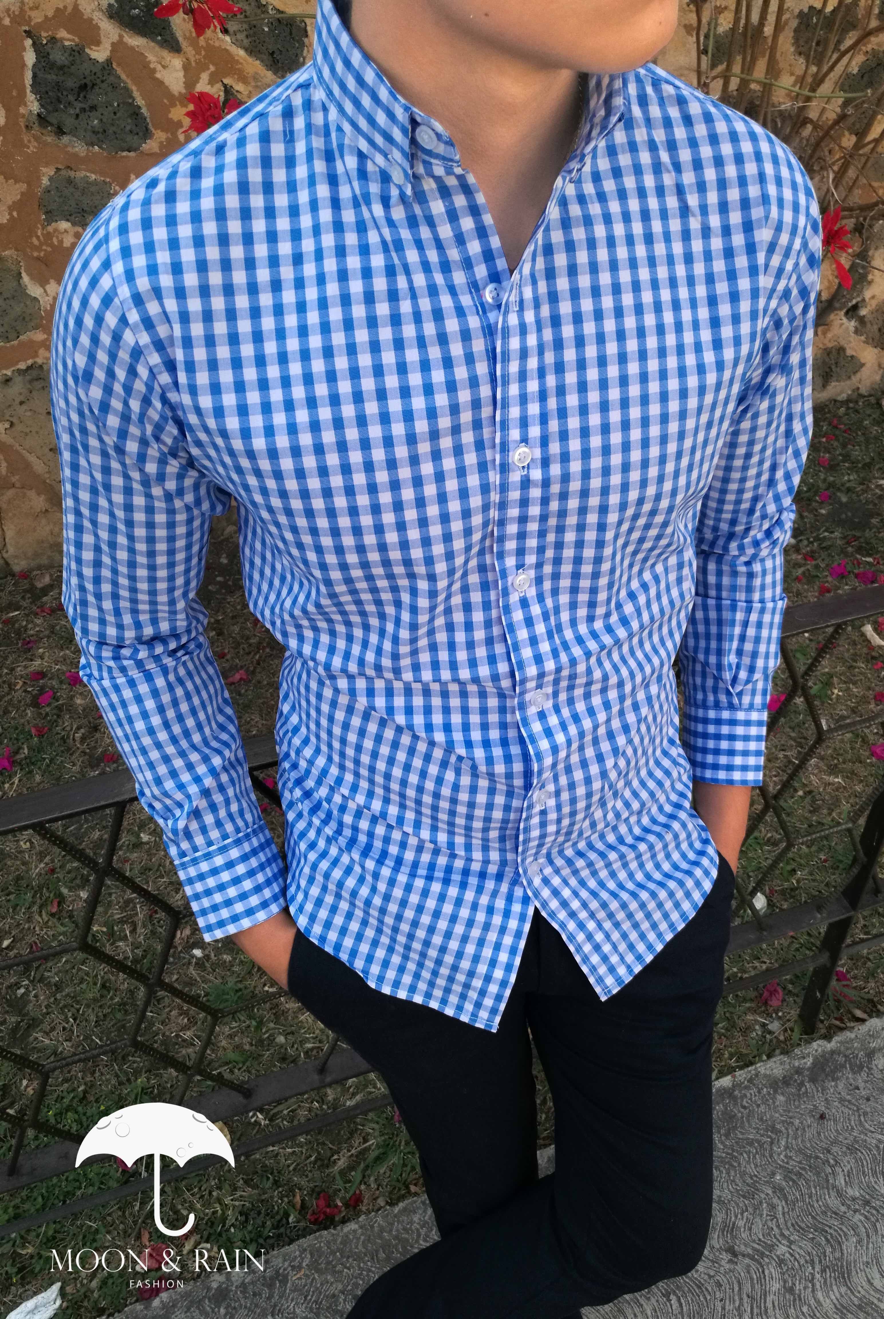 3463950fcd Camisa de Cuadros Azul Cielo Slim Fit de Venta Exclusiva en Tiendas Platino  por Moon   Rain