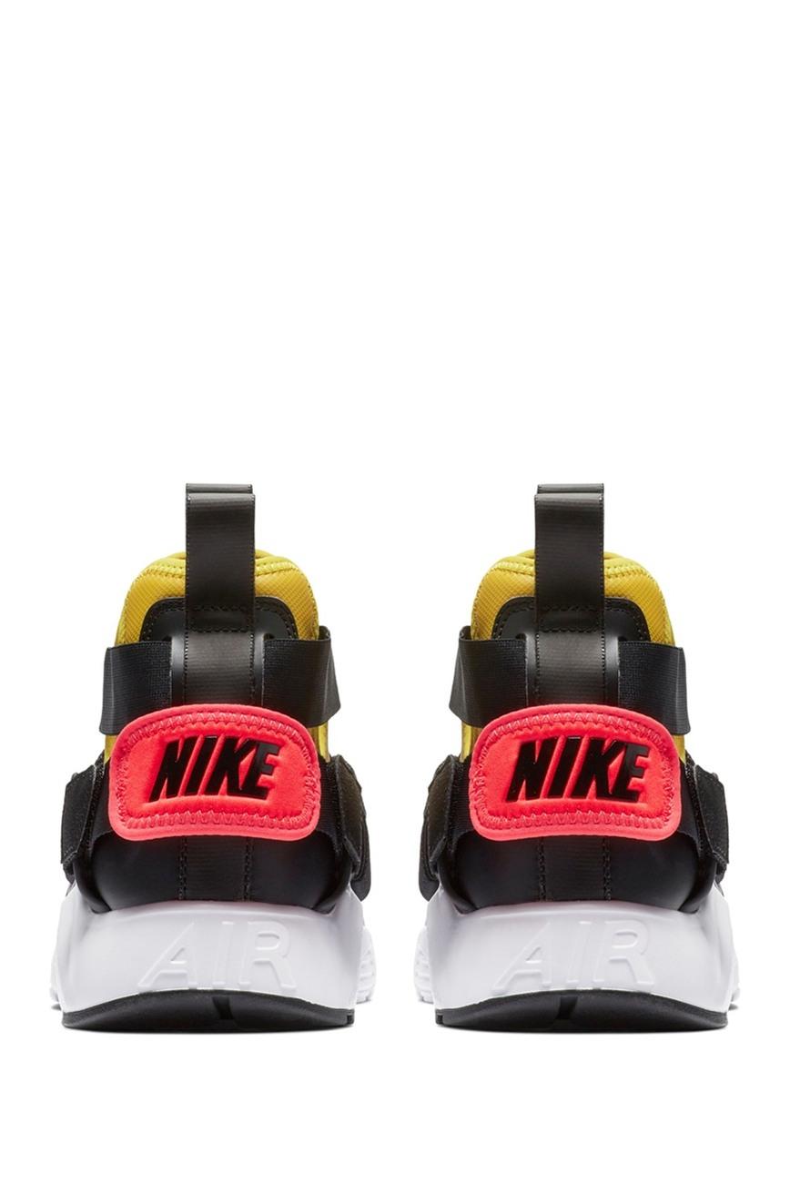 Nike | Air Huarache City Sneaker
