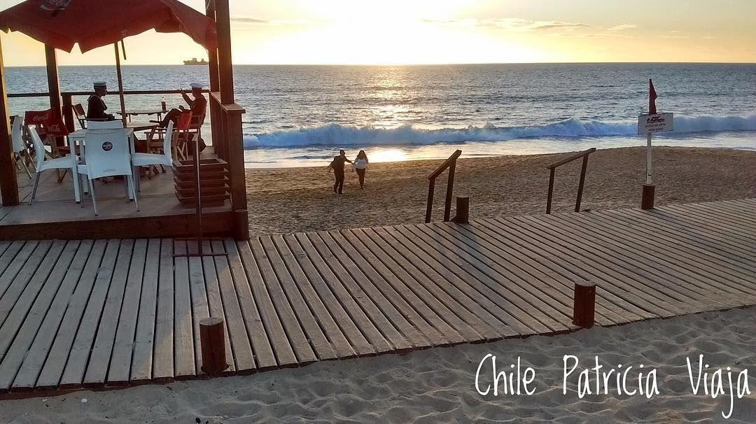Lá longe correndo como crianças. Frio mas feliz porque estou com você @__willianrocha__  Viña del Mar Chile.   #chile #americadosul #sudamerica #viagem #viajar #ferias #vacaciones #trip #travel #inverno #soufiero #voudefiero #santiago #viñadelmar