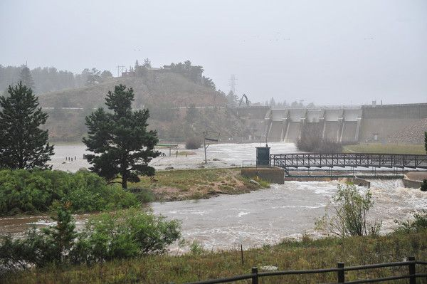 eptrail > With the Olympus Dam floodgates open, the Big Thompson River inundates Wapiti Meadows. The increased flow may have kept Estes Park...