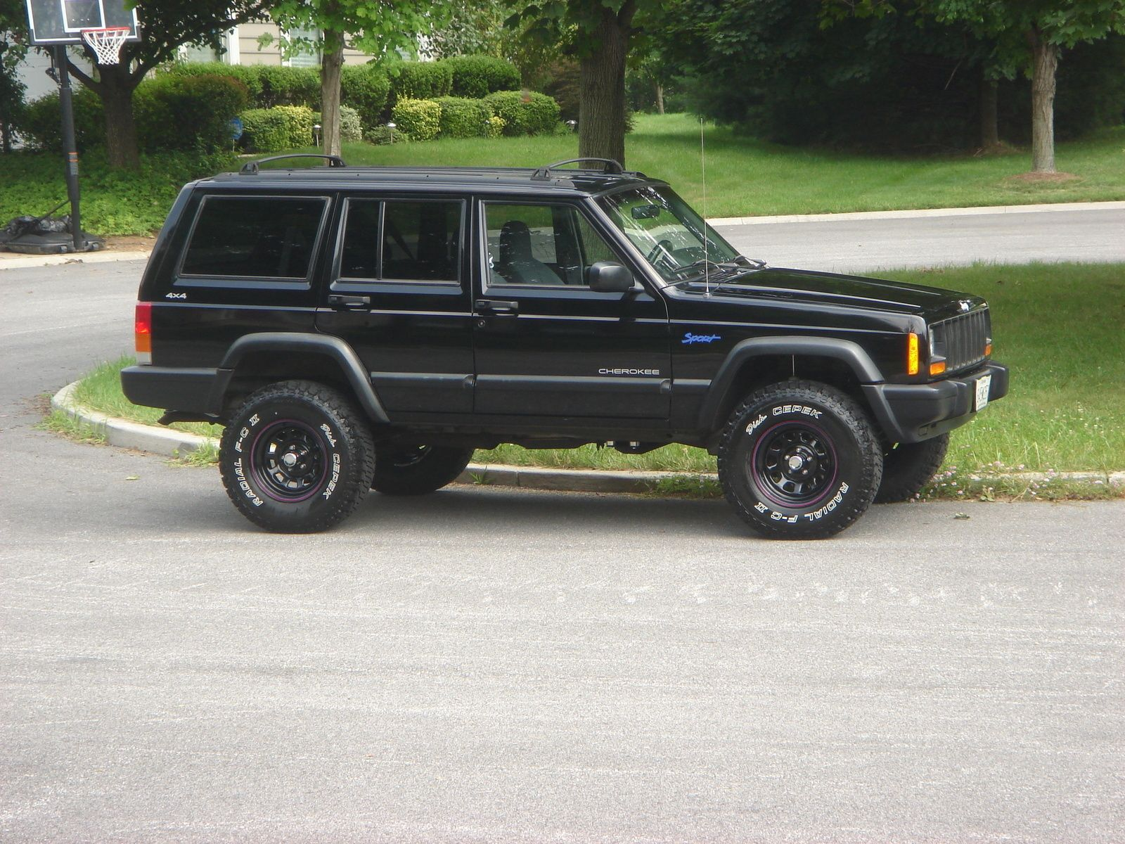 1997 jeep cherokee 4 dr sport 4wd stuff to buy pinterest cherokee jeeps and 4x4. Black Bedroom Furniture Sets. Home Design Ideas
