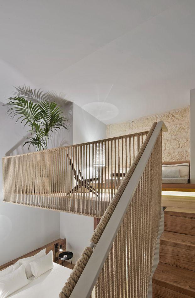 Hotel Puro Cosmopolita Con Raíces Locales Diariodesign Com Diseño De Escalera Escalera De Lujo Diseño De Escaleras Interiores