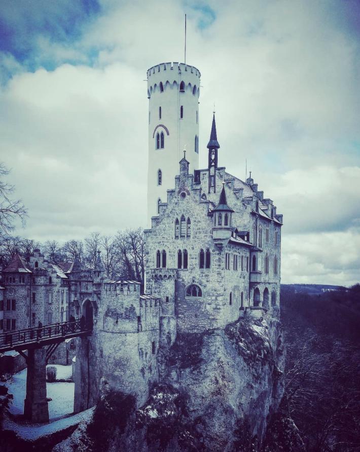 30 Marchenhafte Orte In Deutschland Die Wirklich Alle Echt Sind Ferien Deutschland Reisen Deutschland Schloss Lichtenstein