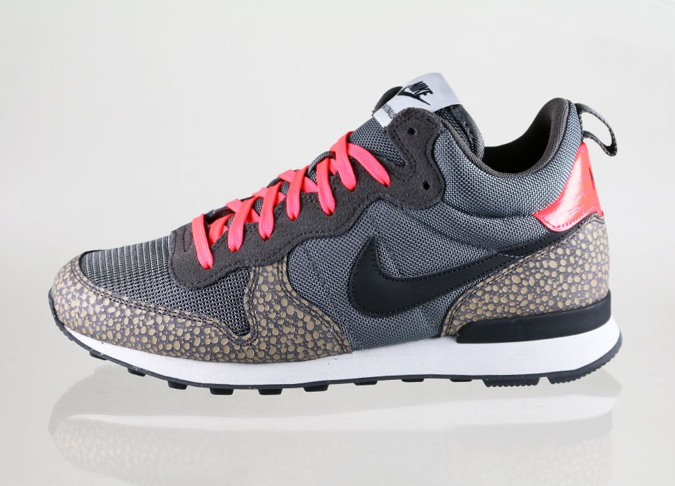 Nike Internationalist Mid Prm (Cool Grey / Black). Nike InternationalistNike  High TopsNike ...