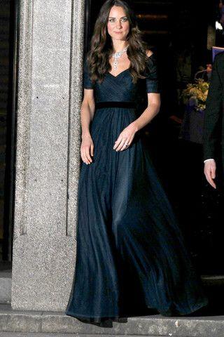 f624a574 Bambi, Jenny Packham, Cambridge Düşesi, Kate Middleton, Gelinlikler, Moda,  Royals