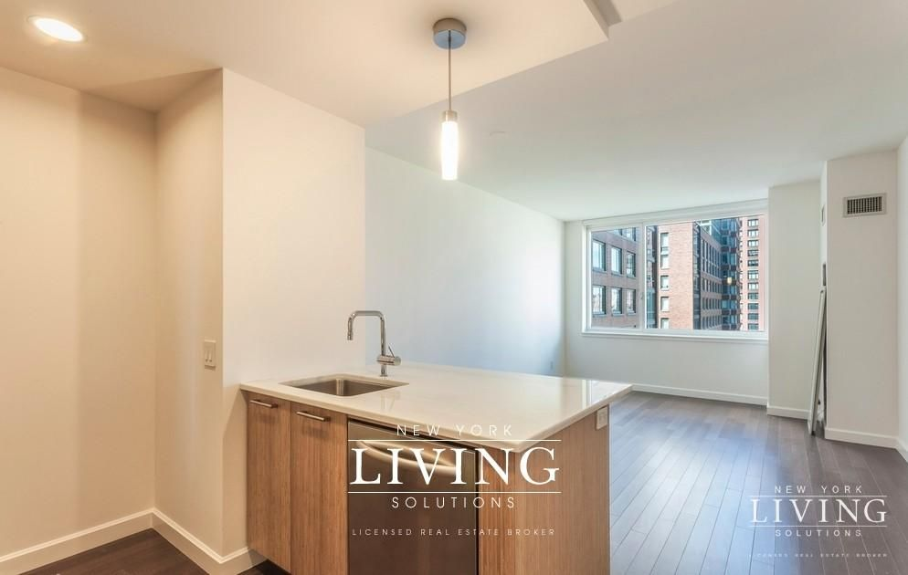 2 Bedrooms 2 Bathrooms Apartment For Sale In Battery Park City Apartments For Rent Gorgeous Apartment Apartments For Sale