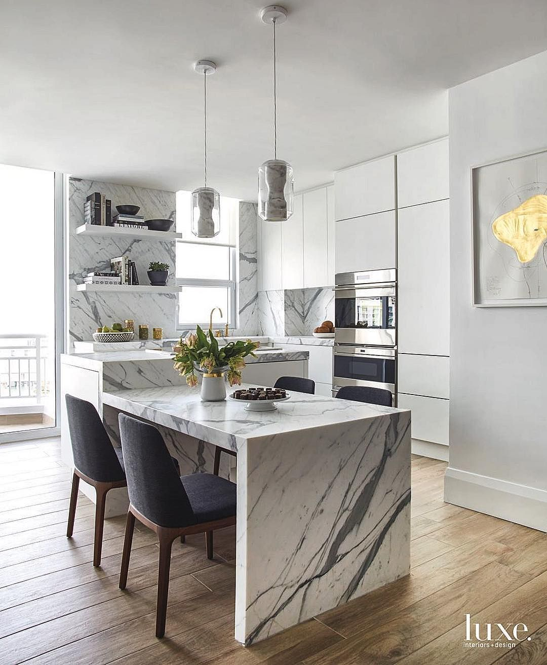 5 033 Likes 52 Comments Luxe Interiors Design Luxemagazine On Instagram Marble Bliss Luxeathom Interior Design Kitchen Kitchen Design Kitchen Units